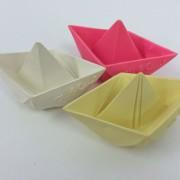 natuurlijk rubber origami bootjes